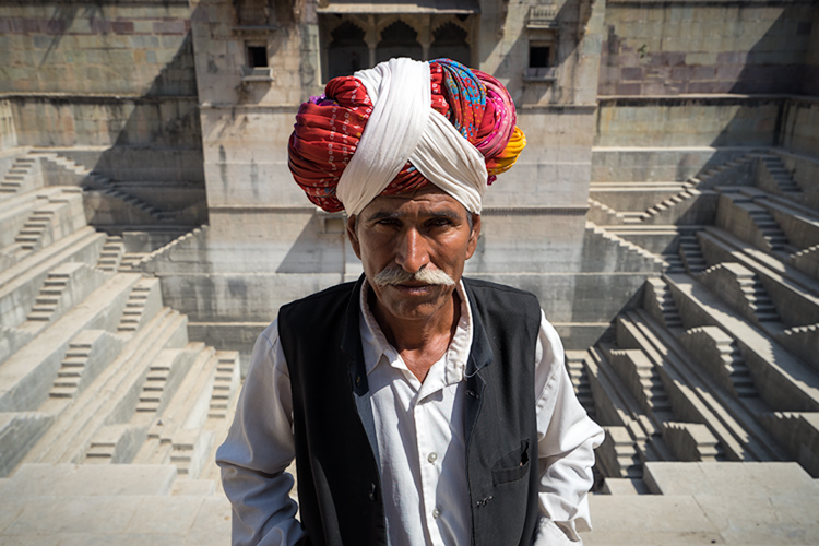 Bundi, India: Be careful not to sharpen people too much. © Pete DeMarco